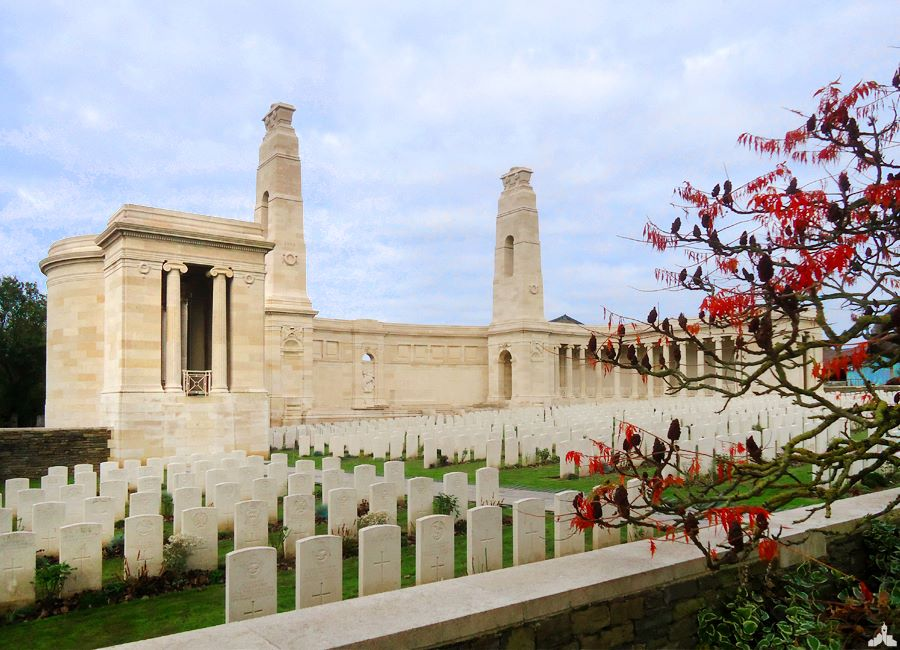 Le Vis en Artois British Cemetery and Memorial Haucourt