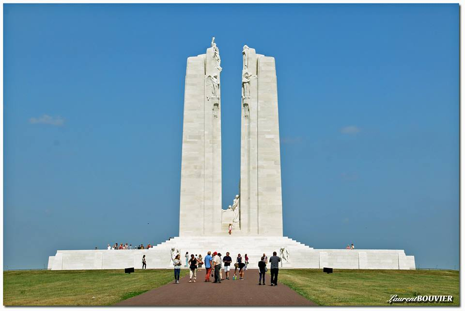 Photo-image monument canadien crète de Vimy