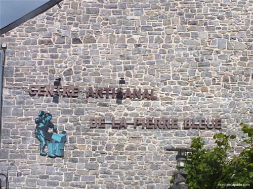Photographie du centre artisanal de la Pierre Bleue