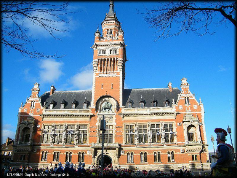 Photographie de la mairie de Dunkerque le matin de la bande des pêcheurs.