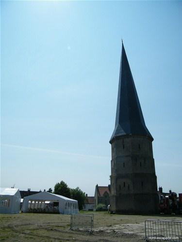 La tour pointue de l'abbaye Saint-Winoc de Bergues