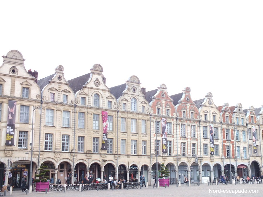 Photographie des demeures de la grand place d'Arras