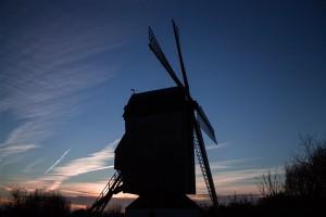 Photographie du NoordMeulen au coucher du soleil