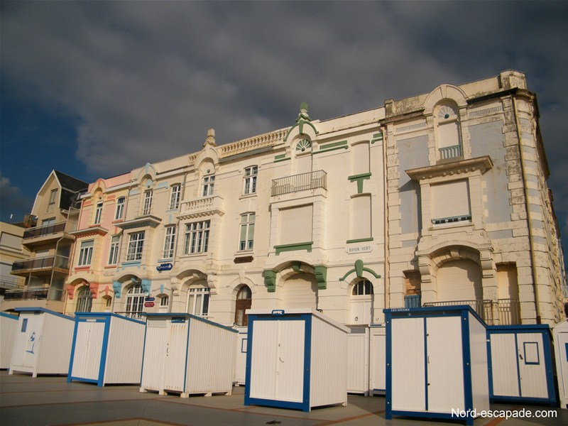 Photo image de la digue promenade de Wimereux et ses villas belle époque