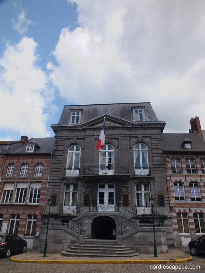 Hôtel de ville d'Avesnes-sur-Helpe