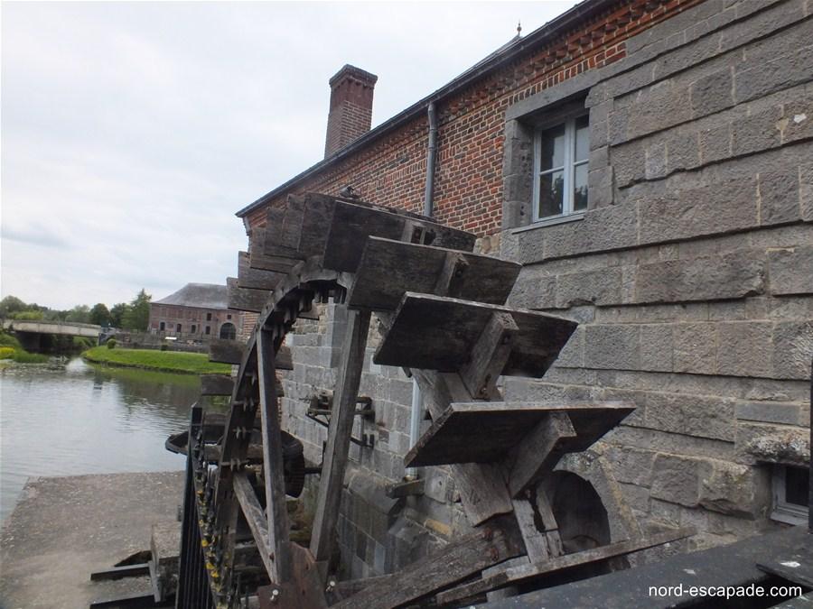 La roue du moulin de Maroilles