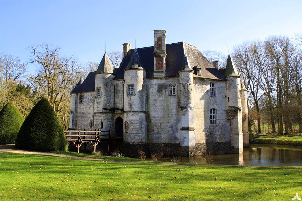 Photographie du chateau Moyen âge tardif de Créminil