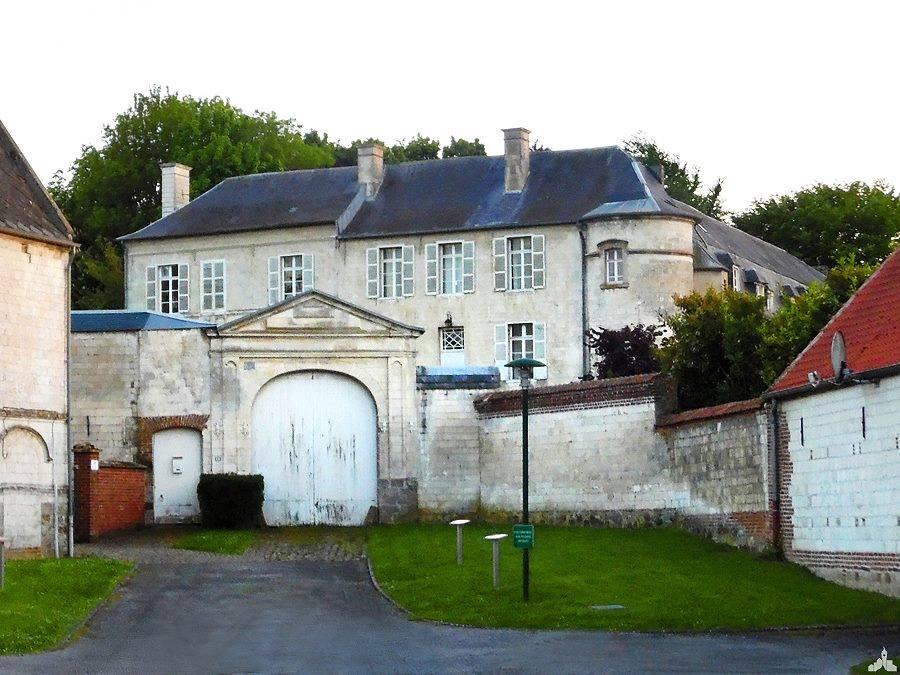 Le Château de Villers-Brûlin