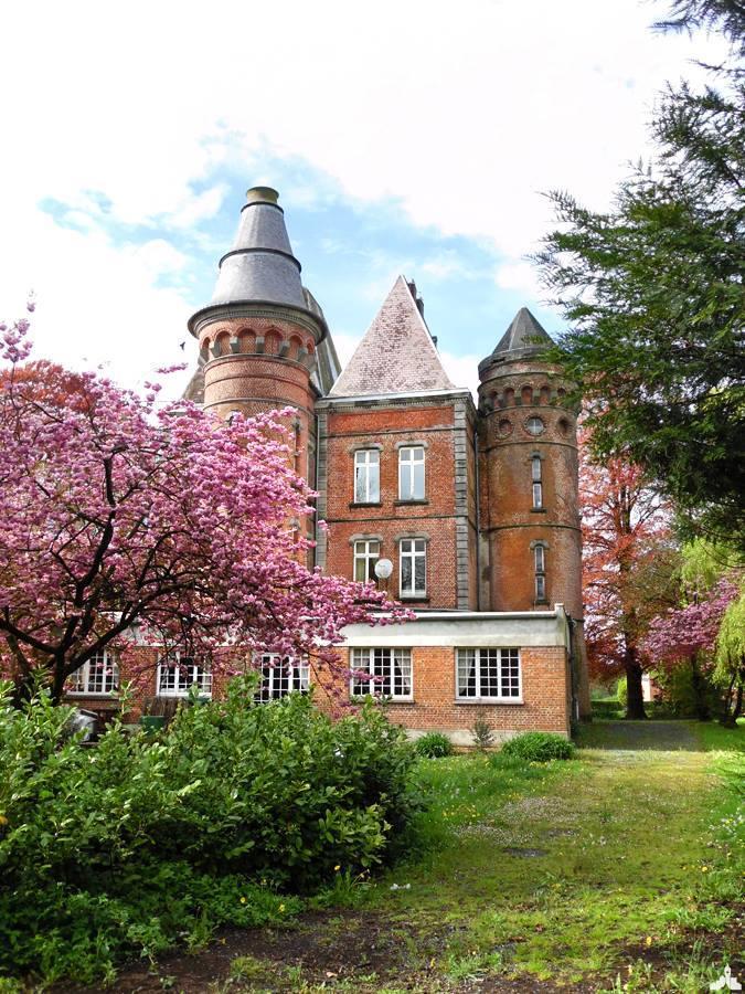Le Château des Tourelles - Glageon