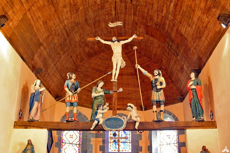 Poutre de gloire de la chapelle du Château de Potelle