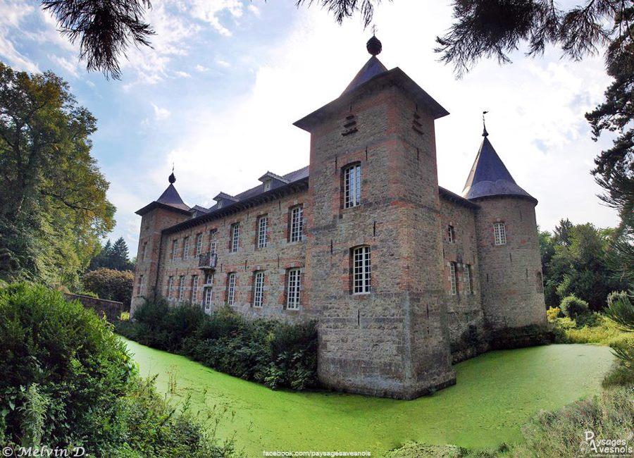 Le château de Coutant de Saint Hilaire sur Helpe