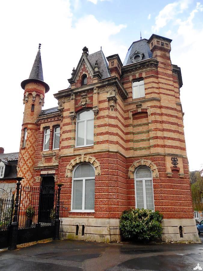 Le château de la Grande Place à Solre-le-Château