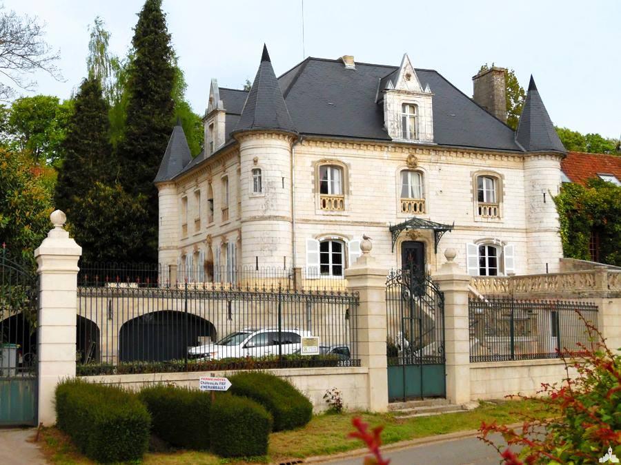 Chateau du fief d'Hérambault à Montcavrel