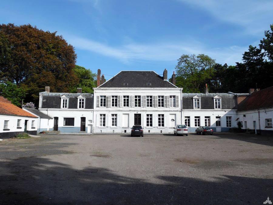 Le château le Roux de Bretagne, à Fouquières-lès-Béthune
