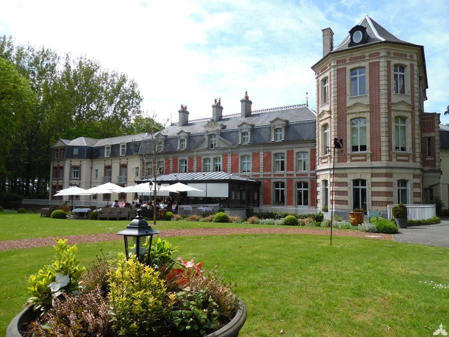 Le château de Beaulieu à Busnes
