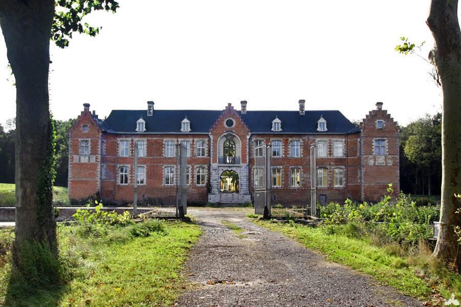 Le château de Vendegies au Bois
