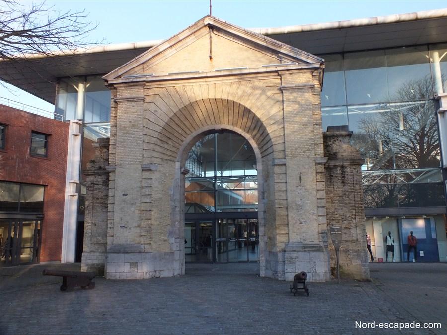 La porte de la Marine, parc de la marine de Dunkerque
