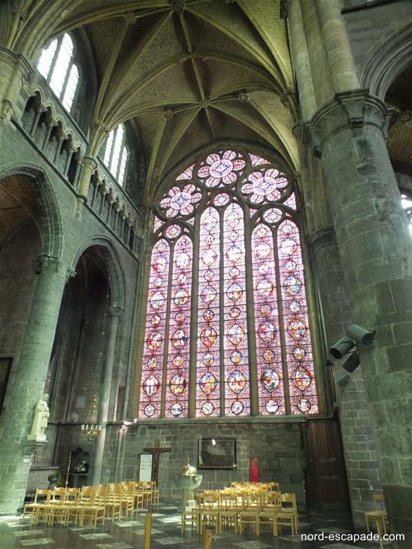 Le vitrail de la collégiale Notre-Dame de Dinant