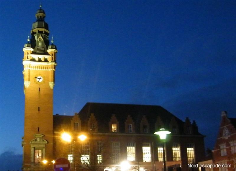 Hôtel de ville flamand de Rosendael et son beffroi