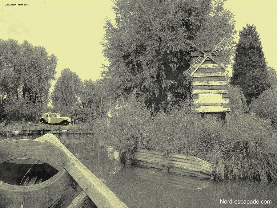 L'ancienne enseigne du moulin rouge, dans le marais audomarois