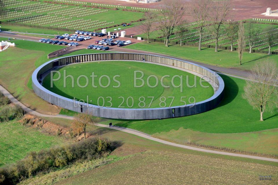 Photo aérienne de l'anneau de la mémoire - Artois