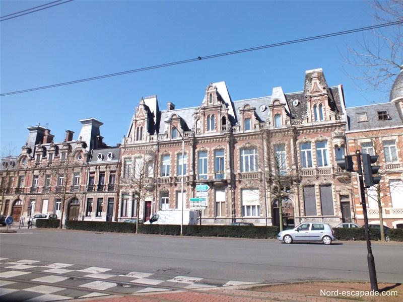 Alignement de belles demeure d'industriels du textile à Roubaix