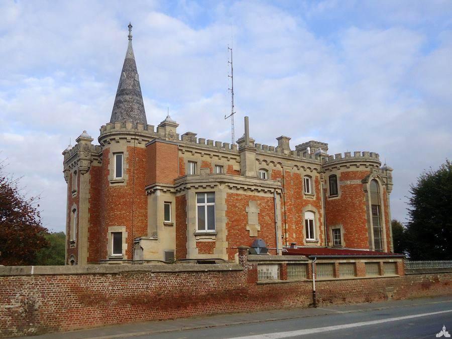 Le château-Neuf à Monchy-le-Preux