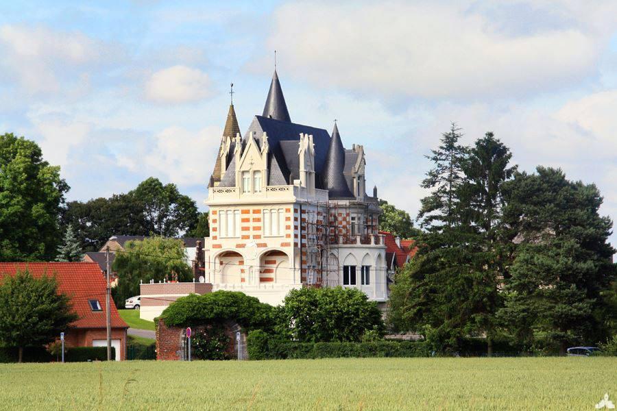 Le château de Farnars