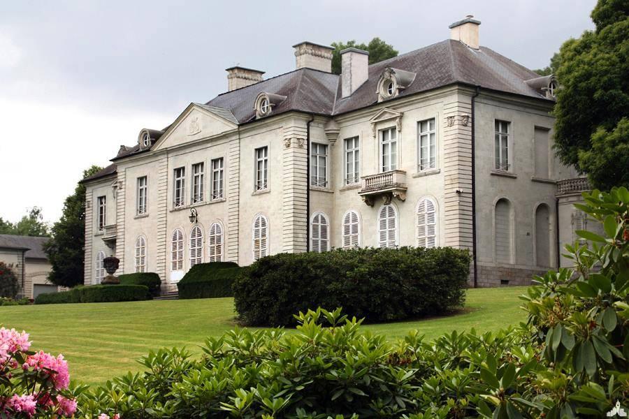 Le château de Sébourg