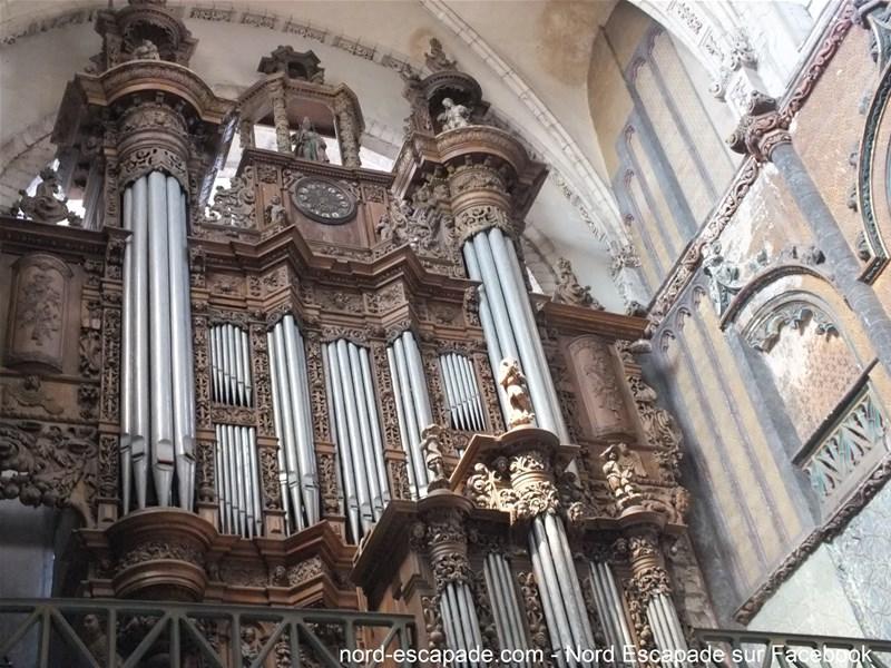 Aire-sur-la-Lys - Le buffet d'orgue de la collégiale