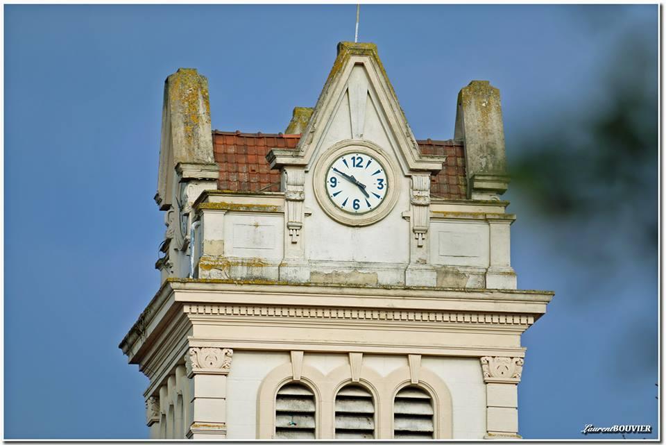 Horloge du clocher de l'église de Billy-Montigny
