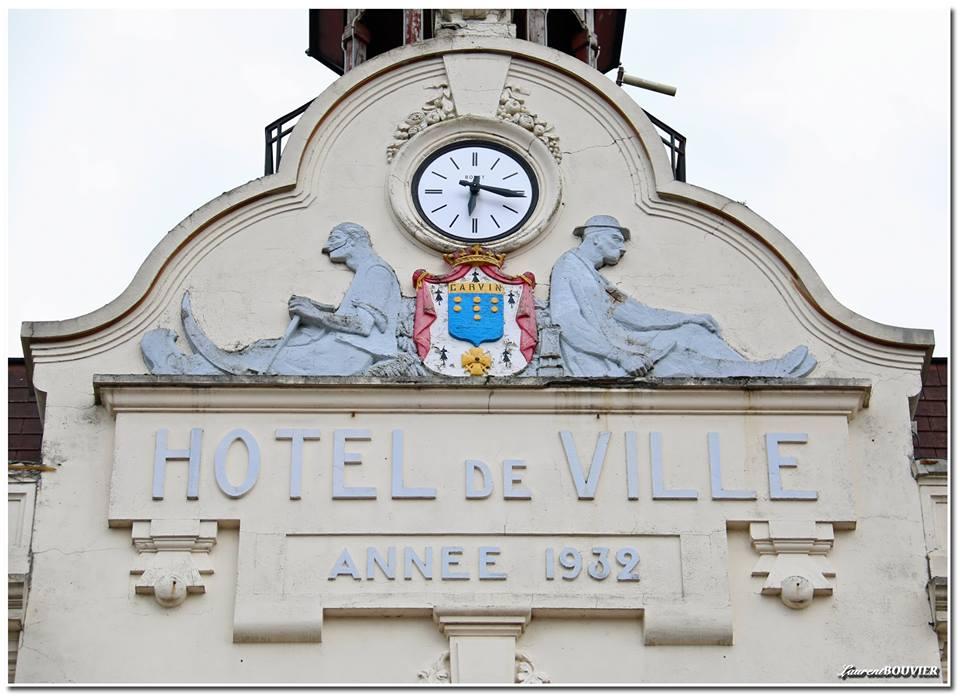 Horloge de l'hôtel de ville de Carvin