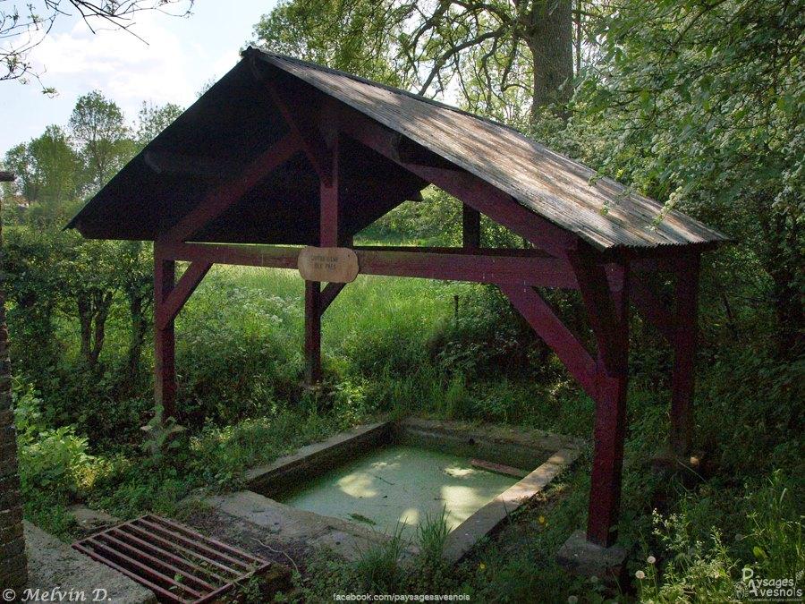 La fontaine de Preux au bois