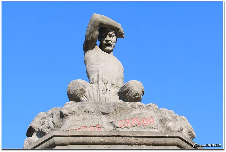 Le monument aux victimes de Courrières
