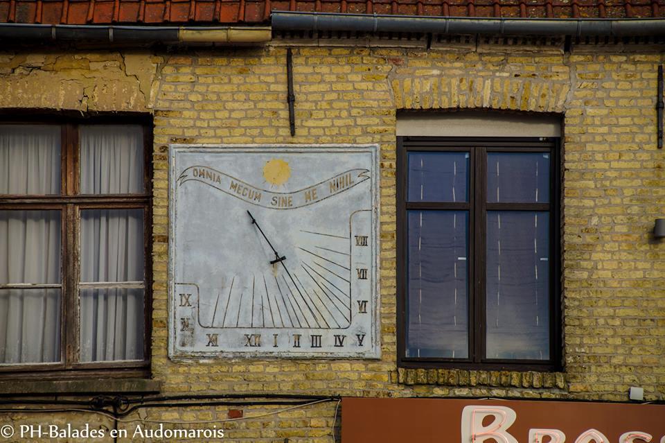 Le cadran solaire du faubourgs de Lyzel à Saint-Omer
